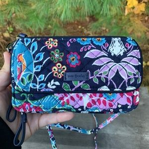 Fox Forest Iconic RFID All in One Crossbody